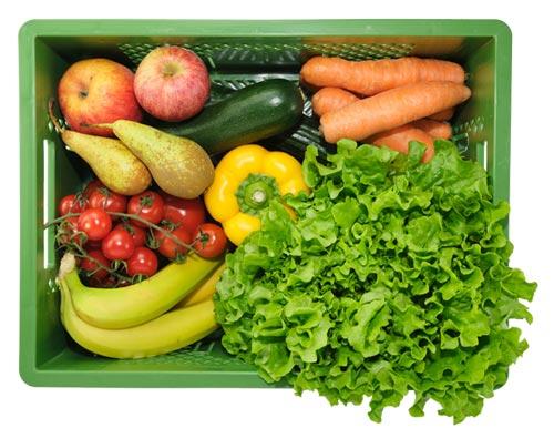 Die große Mutter-Kind-Kiste enthält z.B.: Salat, Paprika, Karotten, Zucchini, Bananen, Äpfel, Birnen usw.